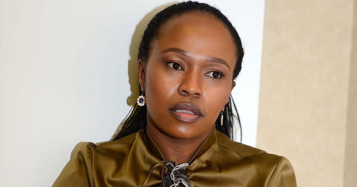 #Muvhango's Sindi Dlathu Who Plays Thandaza COLLAPSES At