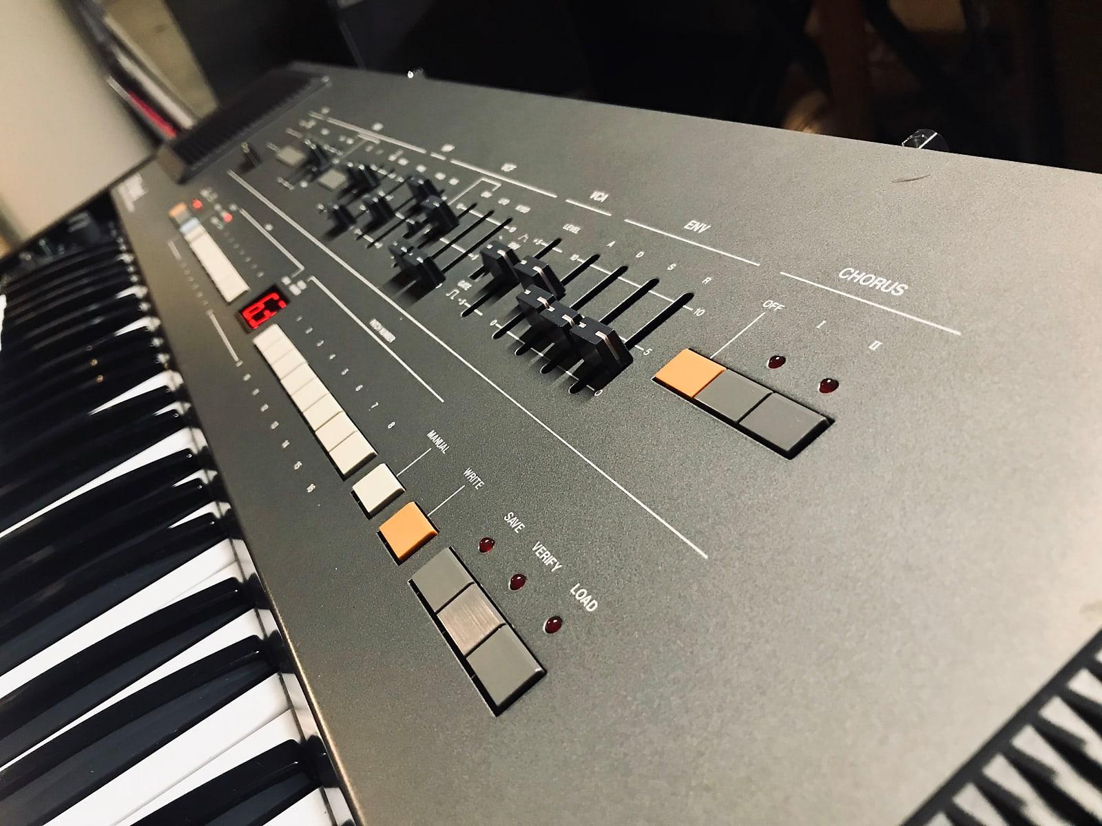 Electronic Music Legends Orange Synthesizer T shirt Juno 106 Roland Juno
