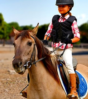 Equitación ecuestre niños beneficios