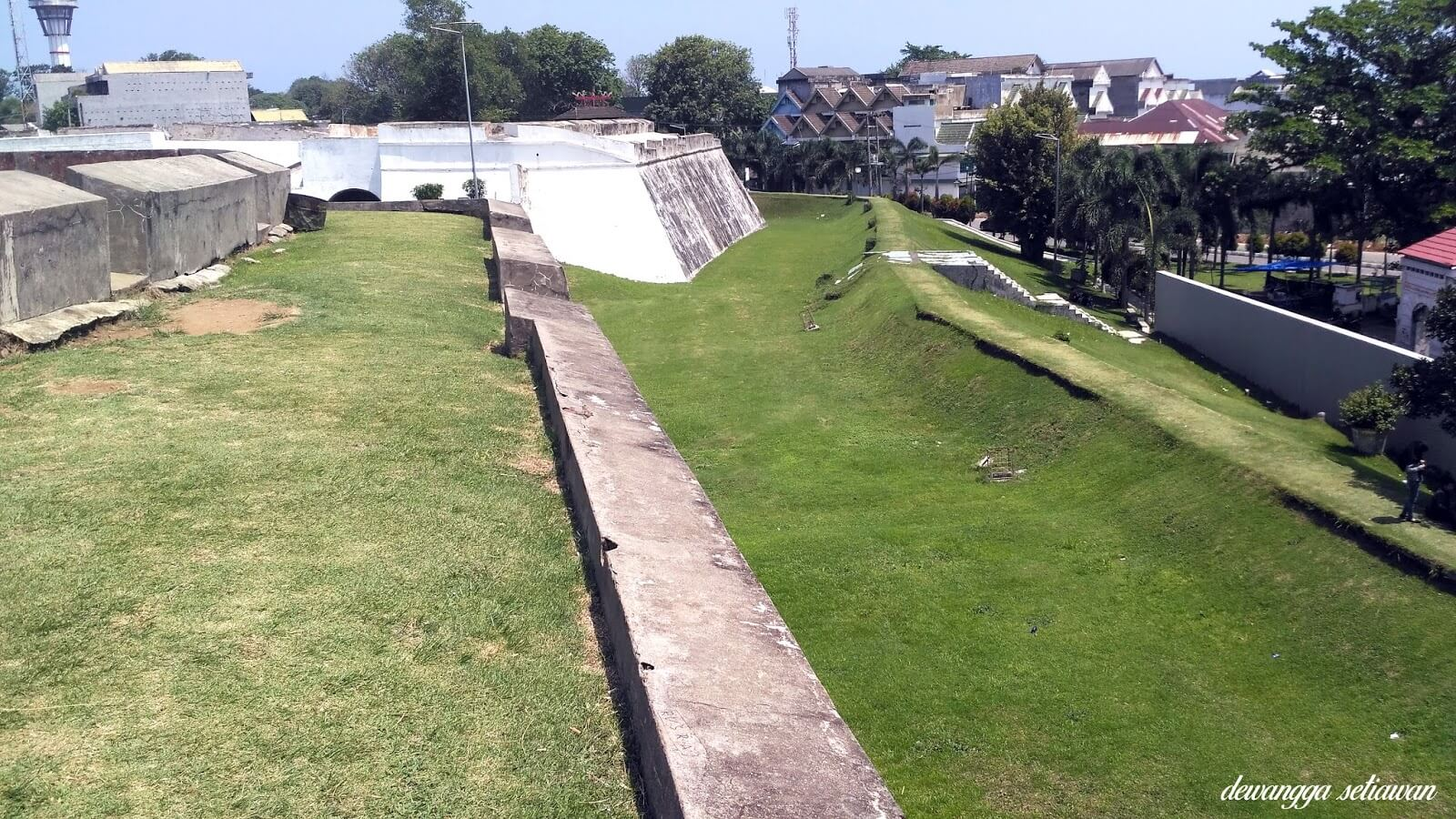 parit fort marlborough
