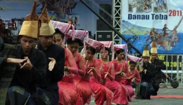 Budaya Batak Toba di Sumatera Utara ( Artikel Lengkap )