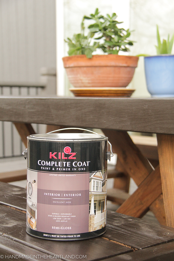 what type of paint to use on outdoor wood furniture