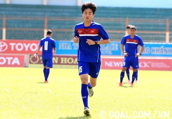 Chàng cầu thủ trẻ đến từ Quảng Ngãi luôn cố gắng giành chiến thắng bằng mọi khả năng của mình