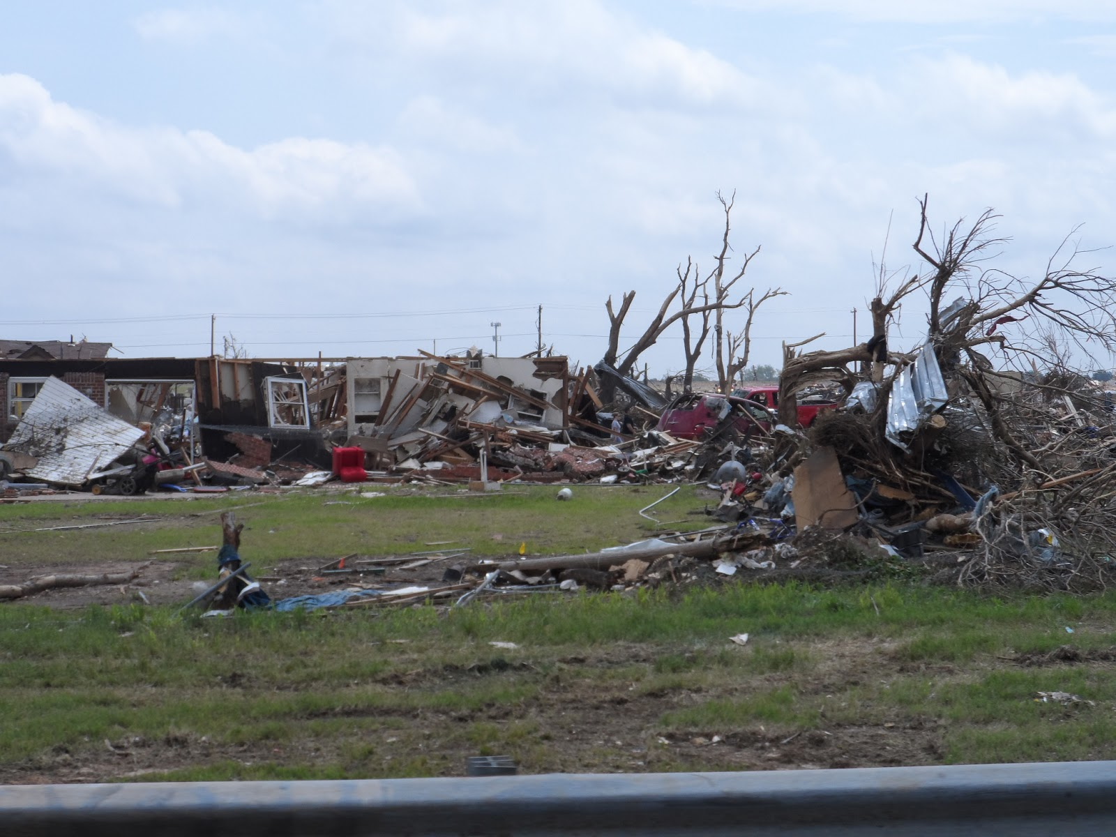 More Moore Oklahoma Tornado Damage Photos Armor Glass 174
