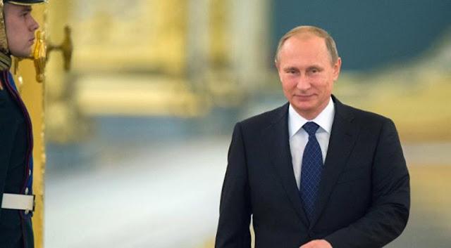 Ο Πούτιν διαγράφει χρέη προς την εφορία 50 εκατ. πολιτών
