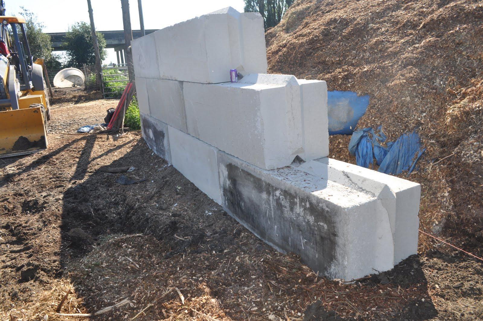 Retaining wall mafia block gravity wall ar15 com - Craigslist little rock farm and garden ...