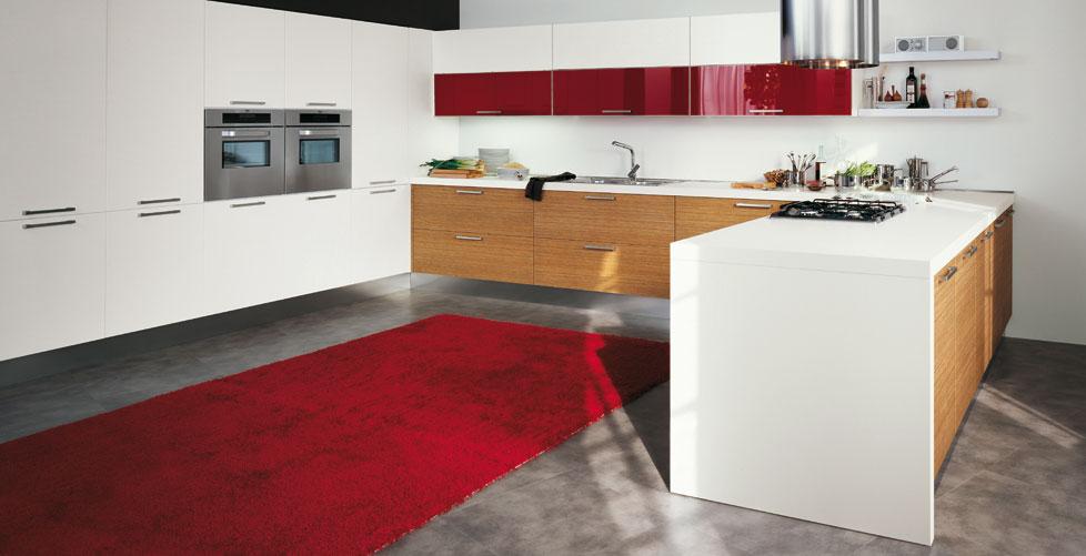 Cocinas en rojo pasi n cocinas con estilo - Cocinas blancas y madera ...