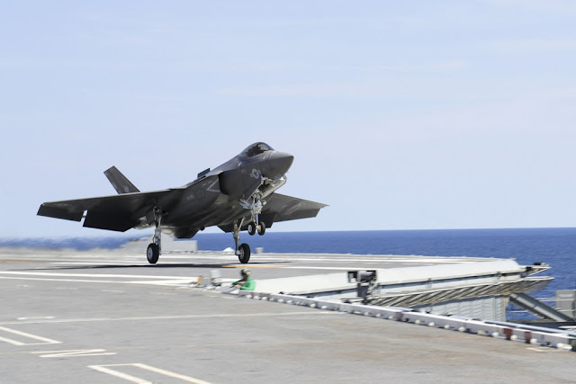 USS Abraham Lincoln tests F-35C