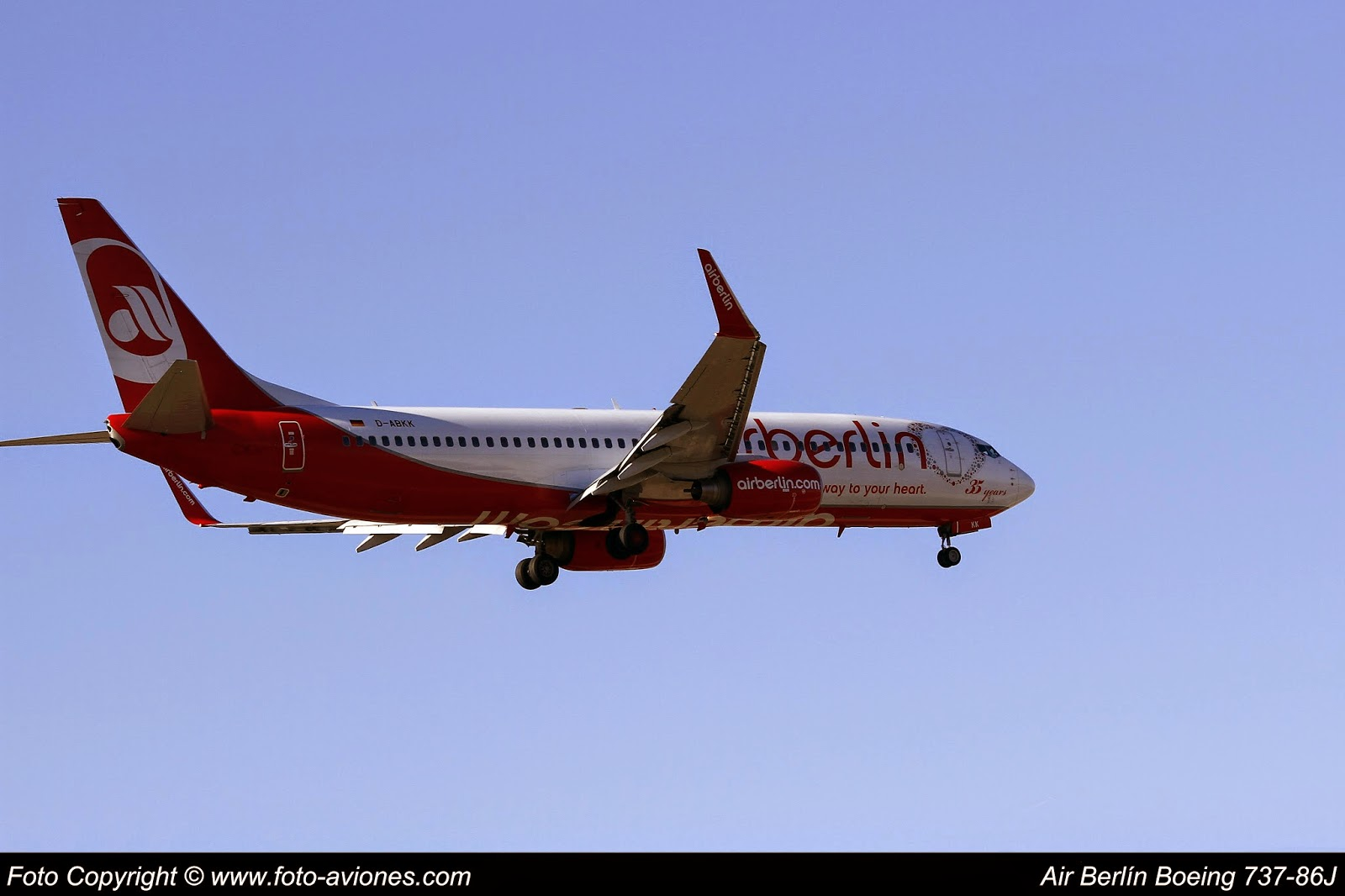 Boeing 737 / D-ABKK