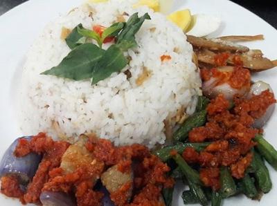 https://www.mastimon.com/2018/09/kumpulan-masakan-khas-indonesia-yang.html