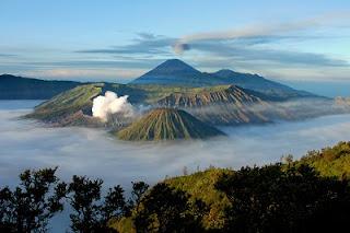 tempat Wisata di Jawa Timur gunung bromo