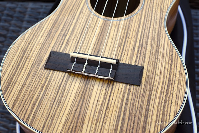 Snail UKT-528 Ukulele bridge