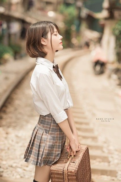 School Girl Japan, School Uniform Girls, Girls Uniforms, Laos Thailand, Army Police, University Girl, Cute Japanese Girl, Asian Love, Japanese Beauty.