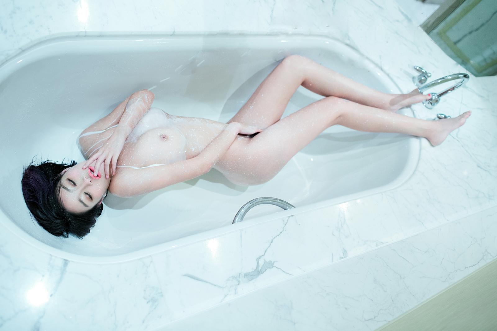 033 - Nude Girl TUIGIRL NO.45 Sexy Love Pussy