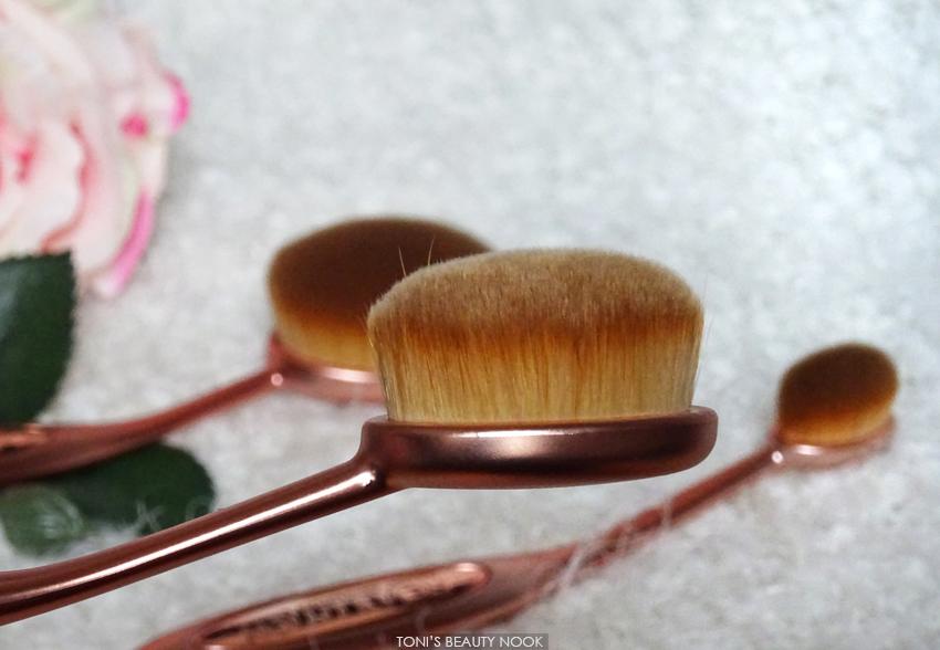 makeup revolution oval cheek brush