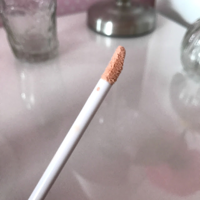 Joan Collins Beauty Fade To Perfect Concealer