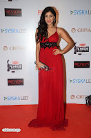 ishita Raj Sharma in Red Gown Stunning Beauty at success party of film sonu ke u ki sweety 010.JPG