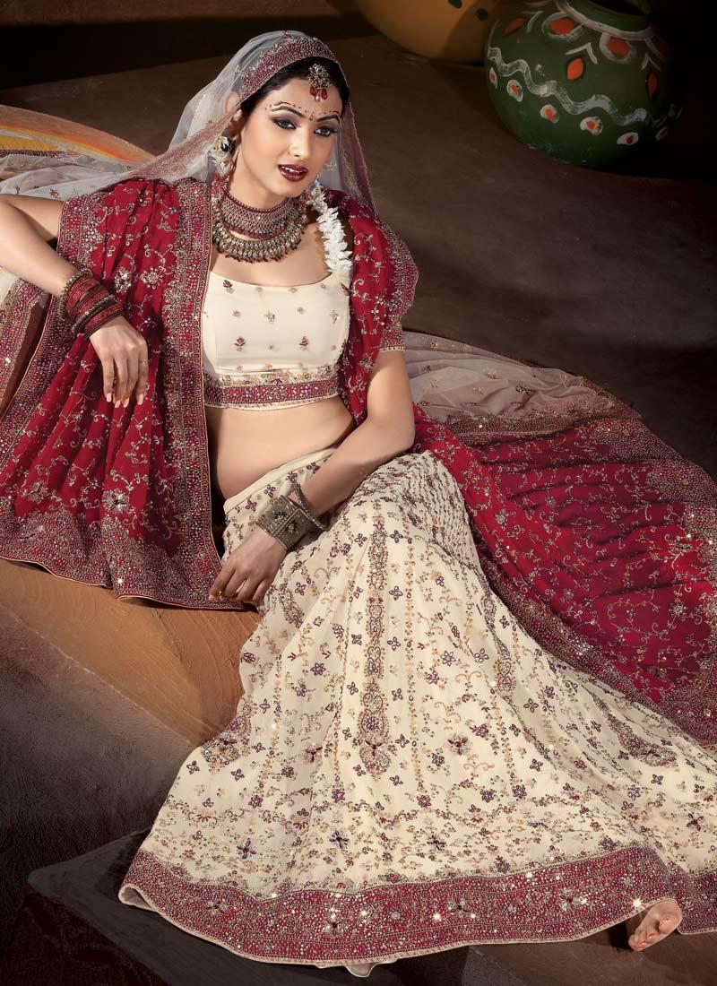 Beautiful Indian Bridal Dresses Ladies Mails