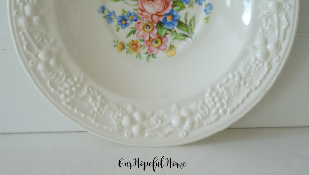 creme eggshell Theme china plate flowers