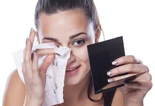 SERBA SERBI FACIAL CLEANSING WIPES (TISU PEMBERSIH WAJAH) 8 Efek Negatif Menggunakan Facial Ceansing Wipes?