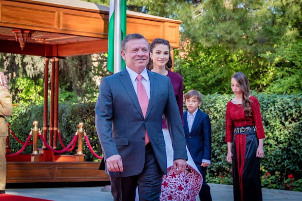 King Abdullah, Queen Rania, Crown Prince Al Hussein, Princess Salma, Prince Hashem attend a ceremony held in Amman for kingdom's 70th Independence Day. Queen Rania dress style, fashions, Valentino dress, Gant dress