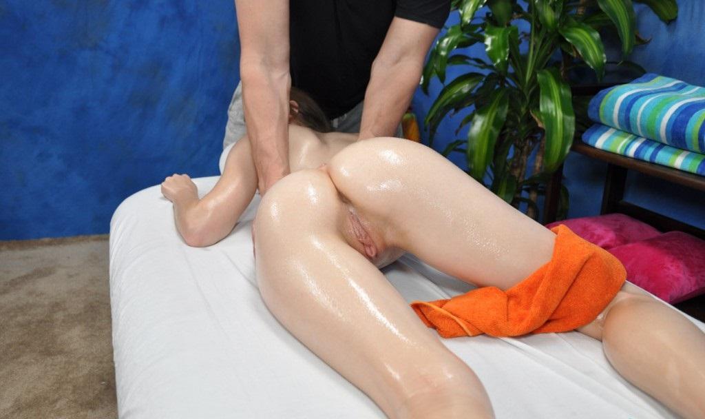 Порно массаж неожиданно переходит в секс