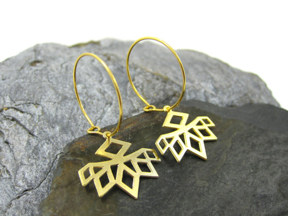 Jewellery, designer, cutout design, Etsy, eco-friendly, accessories, Urban Raven, Shiran Tal Soffrin, independent creations, gemoetric, earrings, chic jewelry, goldsmith
