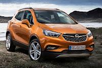 Opel Mokka X (2017) Front Side
