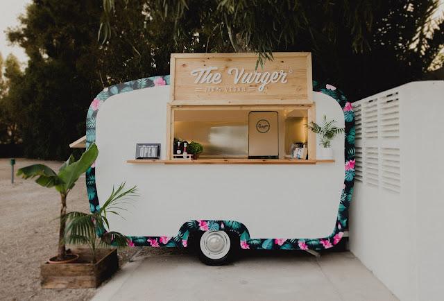 The Vurger: cómida rápida vegana de calidad en la caravana más surfera de Valencia