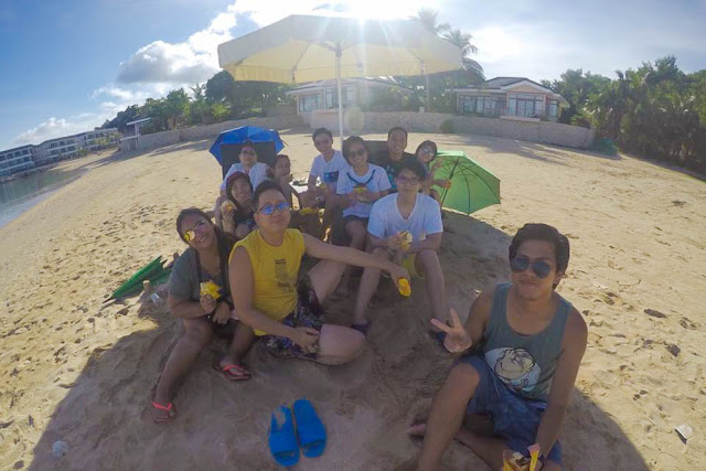 Renz Cheng with Team Wacky/Red in Misibis Bay