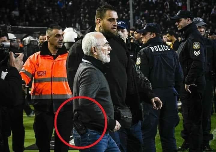 Σε Υπουργείο Δικαιοσύνης, FIFA και UEFA η ΑΕΚ για τον οπλοφόρο και τους μπράβους