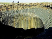 Puluhan Kawah Misterius Muncul Di Siberia