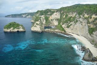 Pantai Atuh (dok. pribadi)