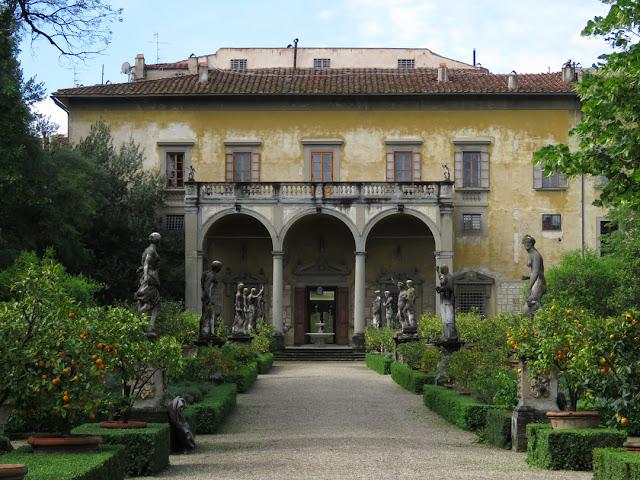 Palazzo Corsini al Prato by Bernardo Buontalenti, Via il Prato, Florence