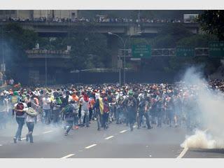 La fiscalía investigará otras dos muertes ocurridas en el estado venezolano de Lara en protestas contra Maduro.
