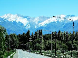 Rodovia e Cordilheira dos Andes, Uspallata