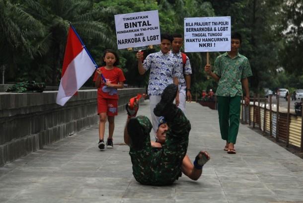 Gerakan LGBT di Balik Pertarungan Politik di Indonesia