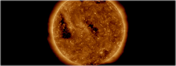 buracos coronais na atmosfera do Sol em outubro de 2018
