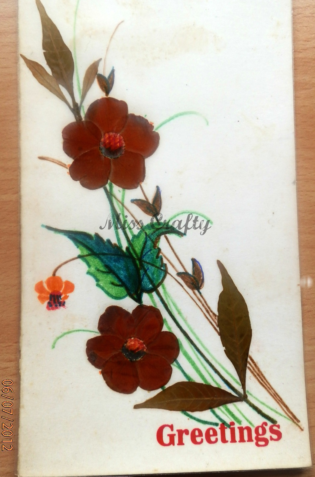 the craft gallery   pressed flowers - greeting cards