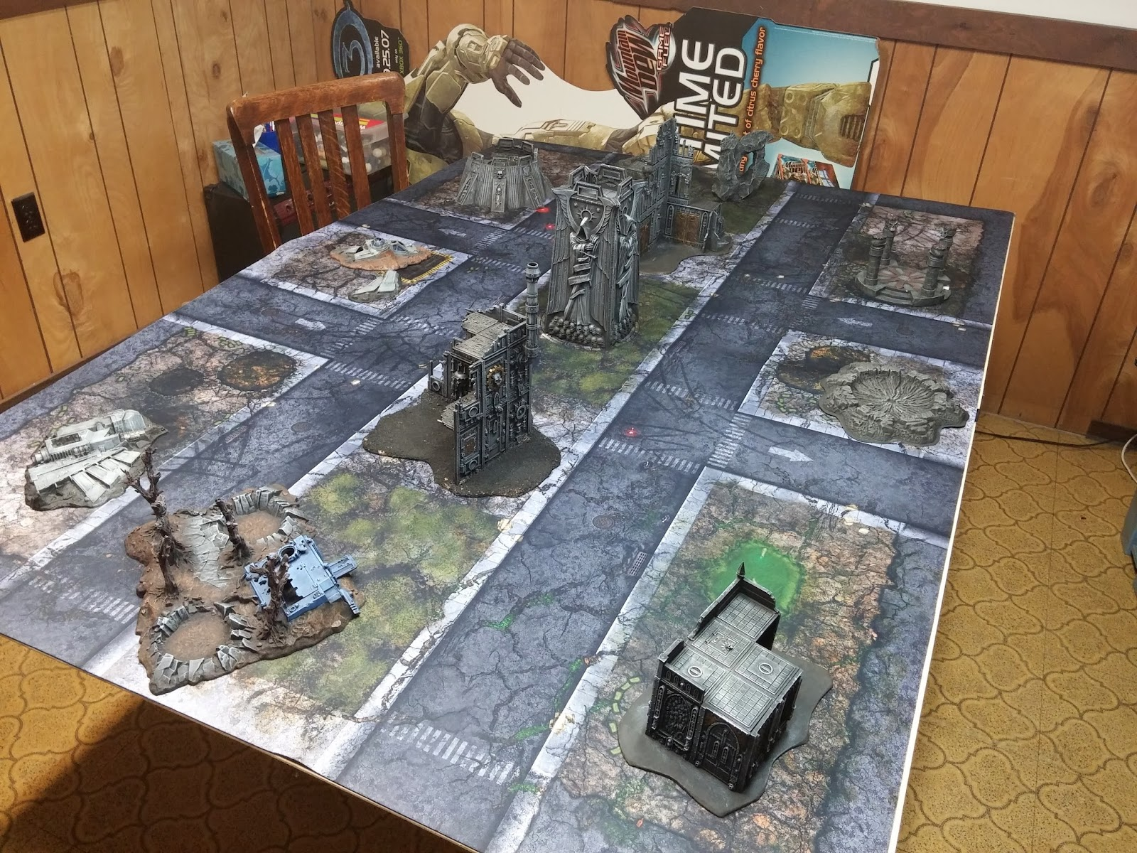 frontline gaming and tablewar gaming mat review by the flying