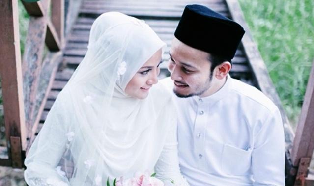 Sudah Jaminan Surga Bagi Istri yang Patuh Pada Suami 7 Peran Ini Dapat Memudahkan Istri Mendapatkanya