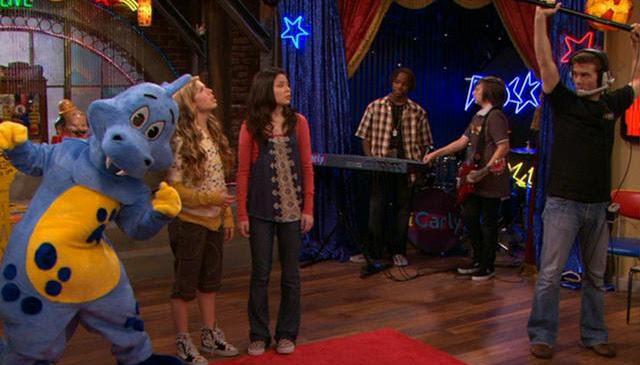 iCarly salva la televisión (Temporada 1 x 23)