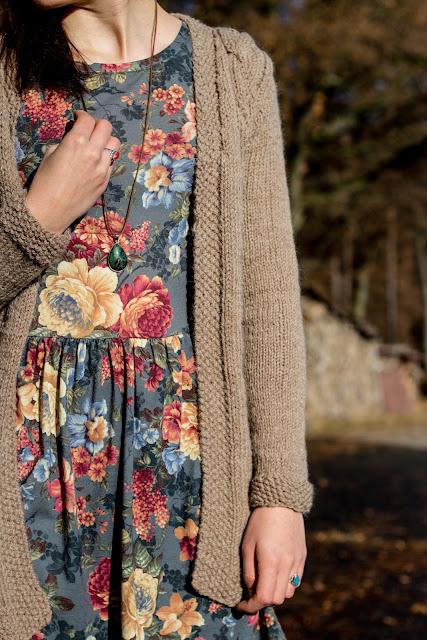Lange Strickjacke mit Zopfmuster selber stricken - kostenlose Anleitung - Jacke selber machen - Kleidung selber stricken - Long Cardigan Free Knitting Pattern German - DIY - handmade - 06