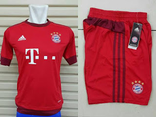 gambar detail jersey musim depan Jersey Official Bayern Munchen home dan celana bola GO terbaru musim 2015/2016 kualitas grade ori made in thailand di enkosa sport