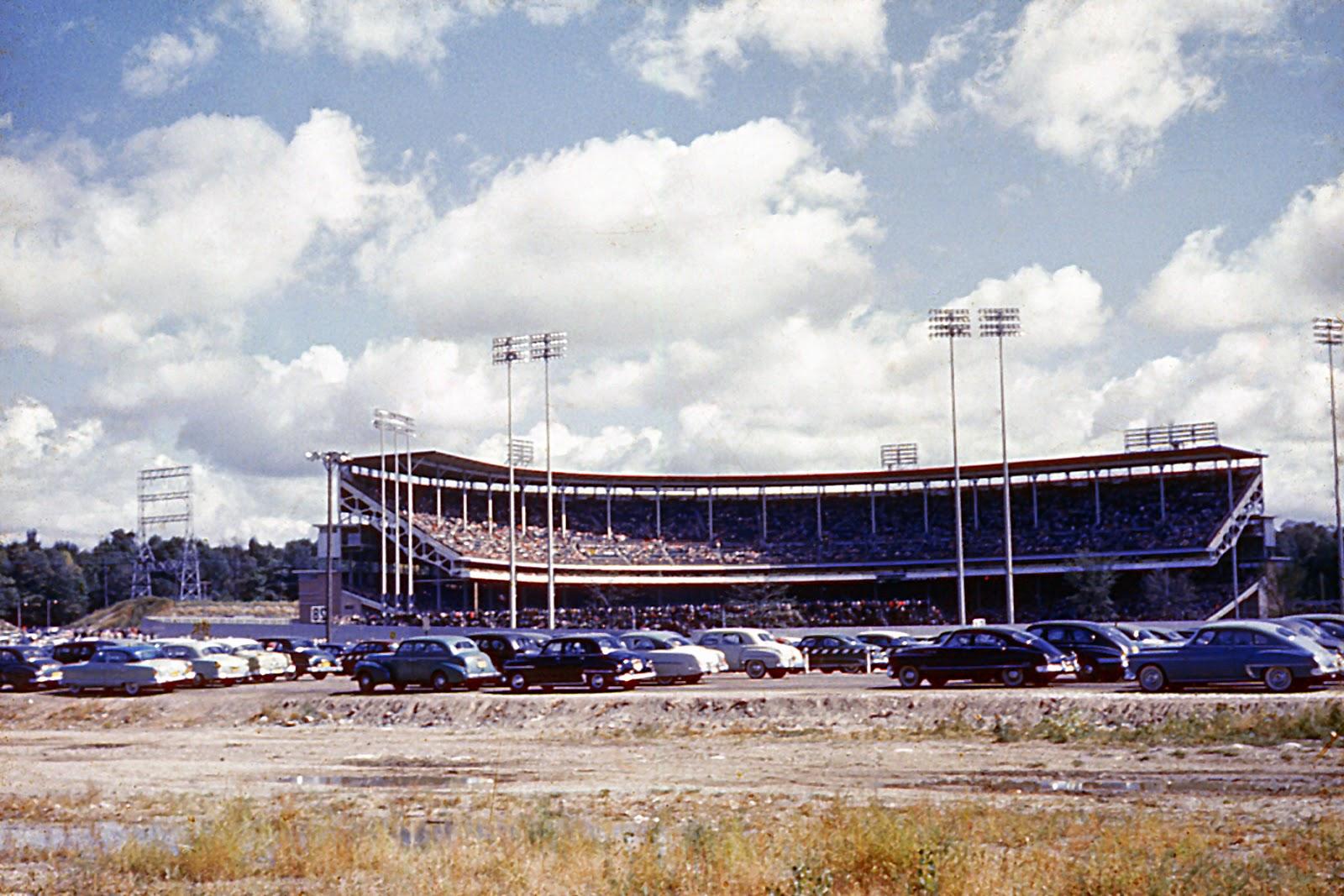 1000+ images about Milwaukee County Stadium on Pinterest ...