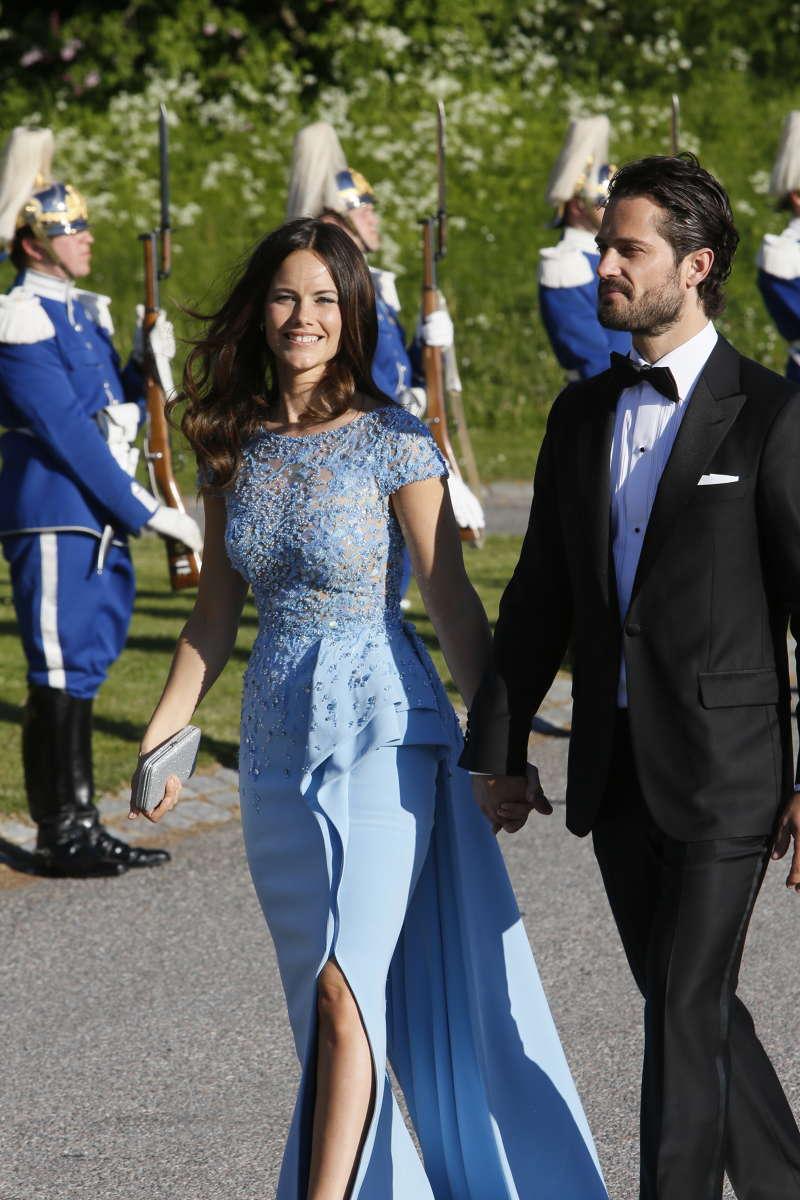 royals fashion mariage du prince carl philip sofia hellqvist d ner sur l 39 le de skeppsholmen. Black Bedroom Furniture Sets. Home Design Ideas