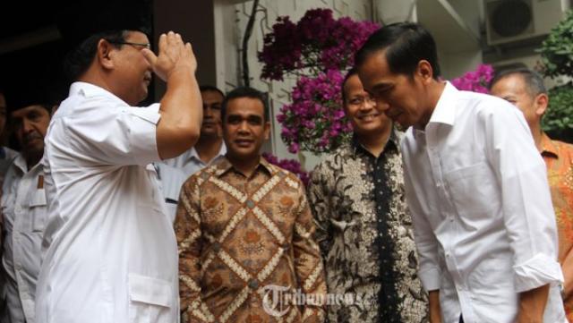 Ini Empat Tanda Prabowo Bakal Kalahkan Jokowi di Pilpres 2019