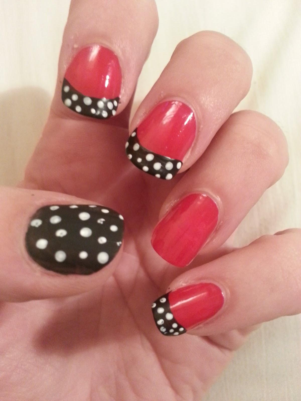 Oooooh Pretty: Little Black Bow Nail Design