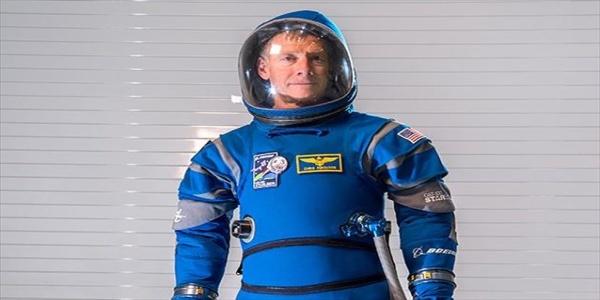 Διαστημικές στολές νέας γενιάς από την Boeing