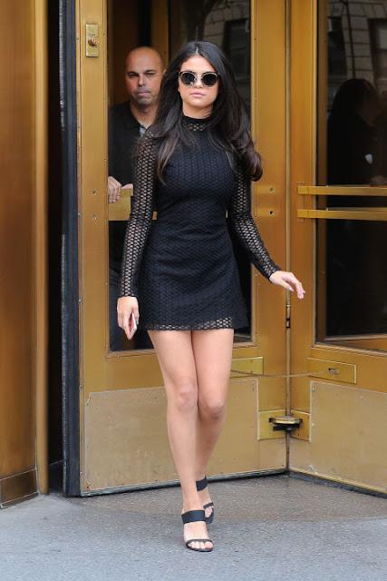 Selena gomez outfits, selena gomez best looks, selena gomez style, celebrity outfits, celebrity style, fashion,